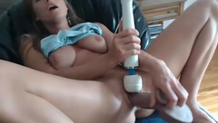 Busty_Ir_housewife: horny woman fingering and toying her twat