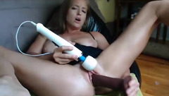 Busty_ir_housewife: two squirts with black dildo