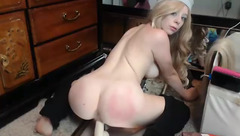 Sweet blonde Goldengoddessxxx ride dildo