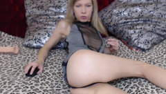 Blonde FairyDolly in free chat