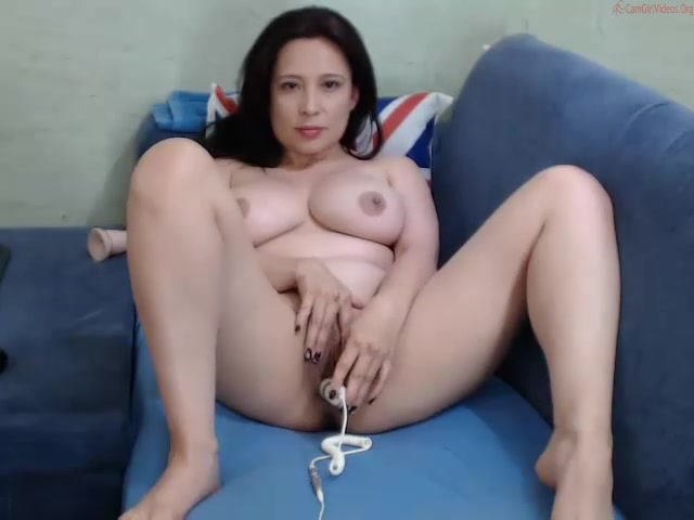 Couplexhorny webcam show 030615_0120