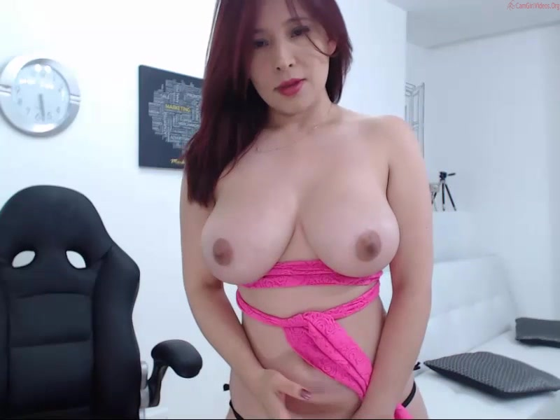 Busty woman couplexhorny 150916_0040
