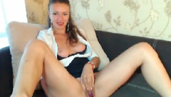 Julianna_Beby plays with new vibrator