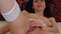 Dollciamour caresses her pink pussy