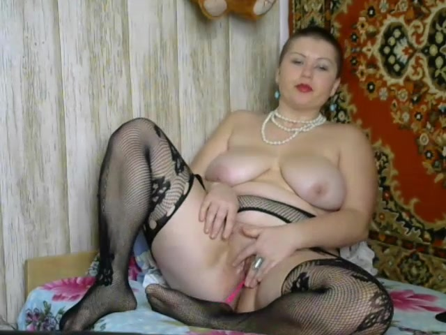 Seksiyulya007 - fat girl with short hair
