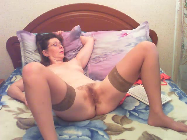 Larisa on the bed