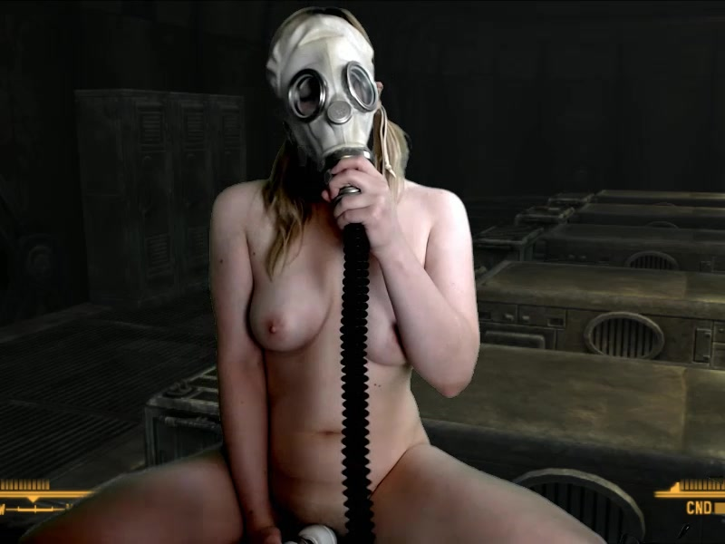VeronicaChaos in a gas mask