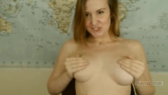 AmberMooor plays with her tits