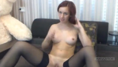 Sexy_Lily19 caresses her bald twat