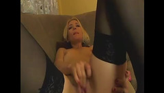 Webcam whore EvaLover1 toying her holes