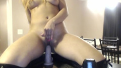 VanessaW ride dildo on the table