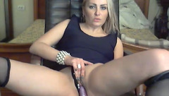 Veerolina loves to fuck herself in front of webcam