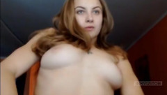 MamaMaya_121 loves to show her tits