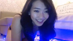 Playful webcam babe RiRi_T   201512011306