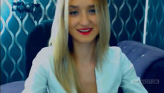 Shy blonde Arlenn in sex chat