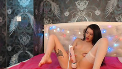 Webcam show with brunette Britanny_B