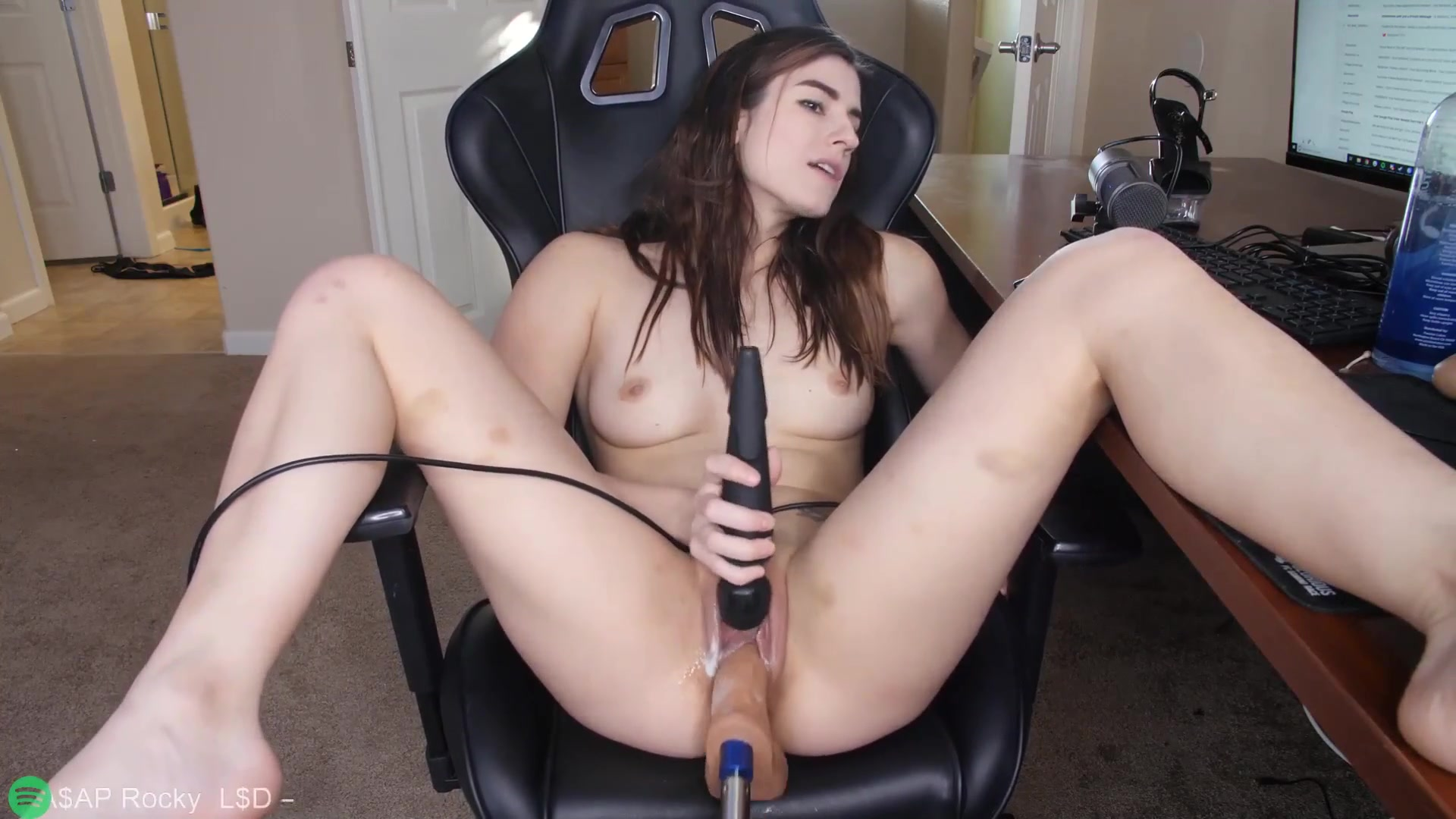 Webcam show with Aynmarie