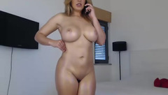 Naked Melissa_sucre talking on the phone