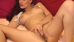 Attractive babe BlondeBeautyX fondles her pussy