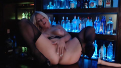 Pretty babe Hope Daylee masturbates in the bar