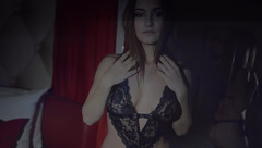 TaniaMave showed her sexy black lingerie