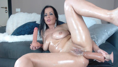 Naughtyelle loves anal sex