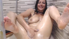 Naughtyelle in the shower