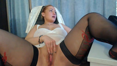 Awesome hot ginger milf Gargona280 in black stockings is rubbing shaved cunt