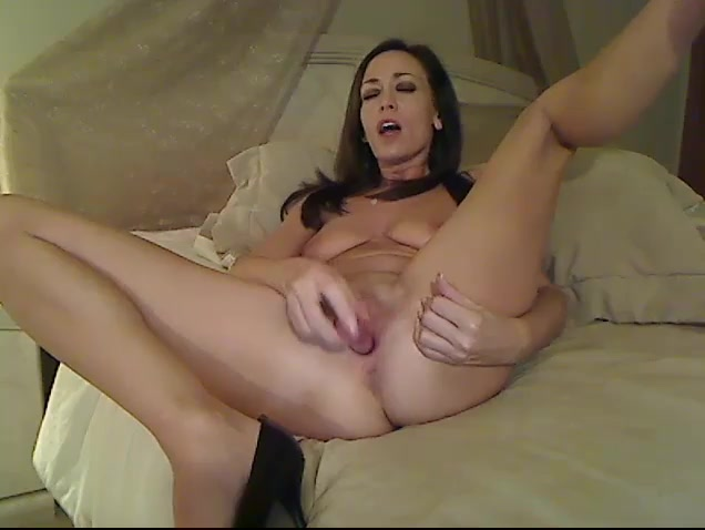 Spicy milf is spreading legs wide and fucking cunt with dildo dick