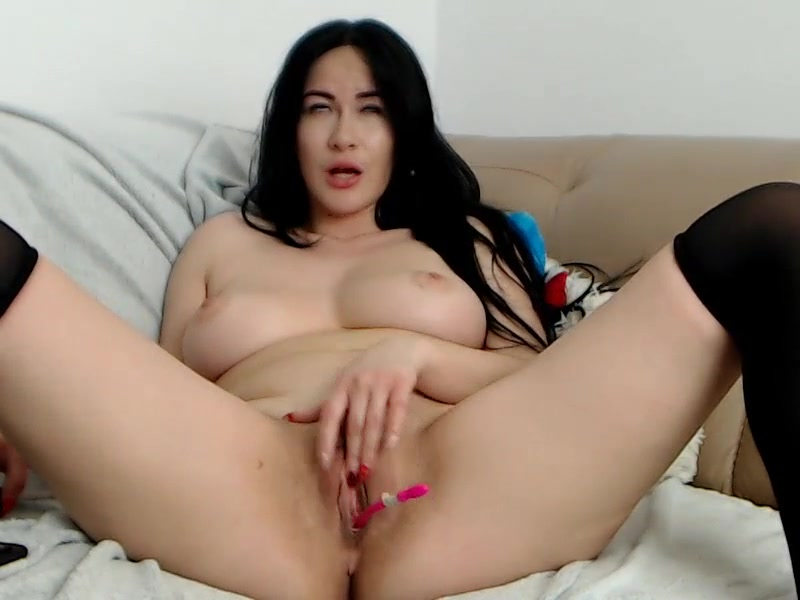 Wonderful AnnyCandy with big boobs and tight juicy bubble butt is masturbating cunt with vibrator