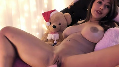 Brown haired chick Amiira with big round tits is being drilled in shaved cunt by fucking machine
