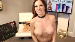 Redhead milf SamanthaBDAY is enjoying webcam sex chat and showing off small saggy tits